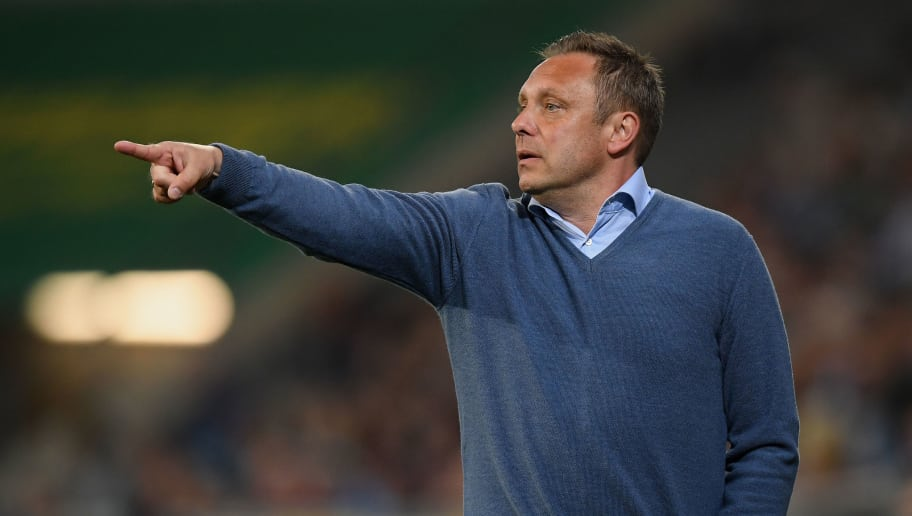 SINSHEIM, GERMANY - APRIL 27: Head coach Andre Breitenreiter of Hannover gestures during the Bundesliga match between TSG 1899 Hoffenheim and Hannover 96 at Wirsol Rhein-Neckar-Arena on April 27, 2018 in Sinsheim, Germany. (Photo by Matthias Hangst/Bongarts/Getty Images)