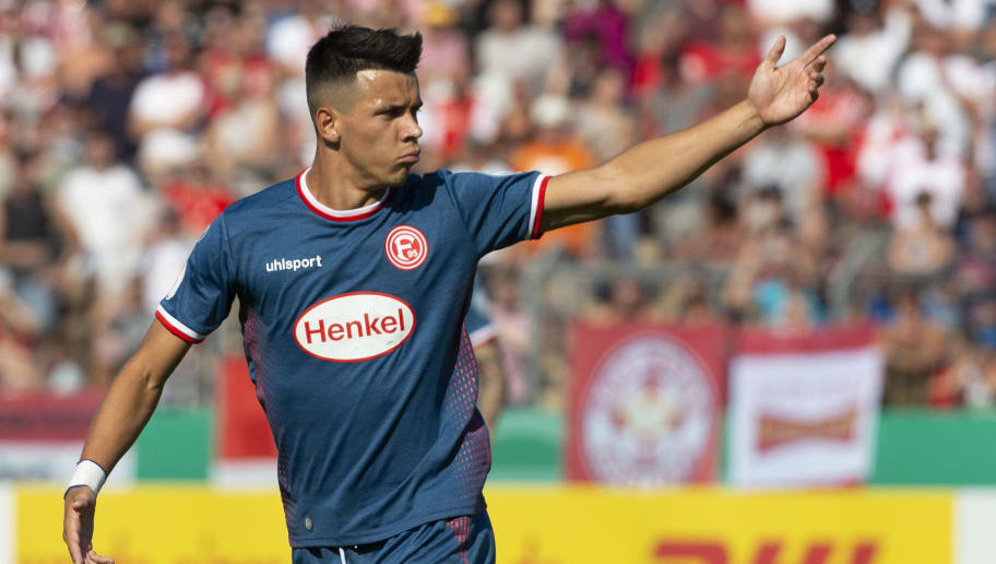 KOBLENZ AM RHEIN, GERMANY - AUGUST 19: Alfredo Morales of Fortuna Duesseldorf gestures during the DFB Cup first round match between TuS RW Koblenz and Fortuna Duesseldorf at Stadion Oberwerth on August 19, 2018 in Koblenz am Rhein, Germany. (Photo by TF-Images/Getty Images)