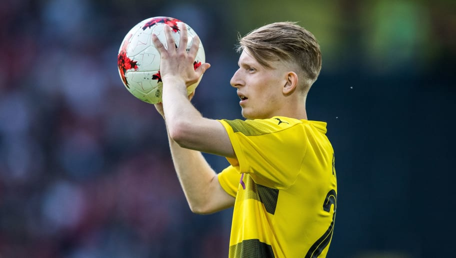 DORTMUND, GERMANY - MAY 22: Jan-Niklas Beste of Dortmund holds the ball during the U19 German Championship Final between Borussia Dortmund and FC Bayern Muenchen on May 22, 2017 in Dortmund, Germany. (Photo by Lukas Schulze/Bongarts/Getty Images)