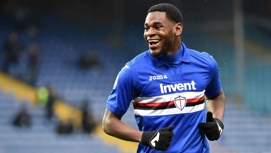 GENOA, GE - FEBRUARY 25:  Duvan Zapata of Sampdoria celebrate after goal 2-0 during the serie A match between UC Sampdoria and Udinese Calcio at Stadio Luigi Ferraris on February 25, 2018 in Genoa, Italy.  (Photo by Paolo Rattini/Getty Images)