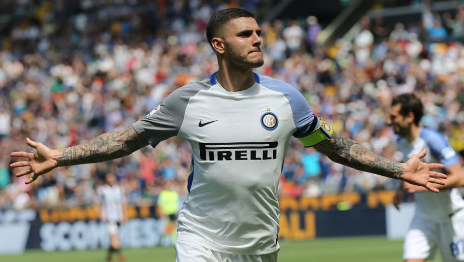UDINE, ITALY - MAY 06: Mauro Icardi of FC Internazionale celebrates after scoring a goal during the serie A match between Udinese Calcio and FC Internazionale at Stadio Friuli on May 6, 2018 in Udine, Italy.  (Photo by Gabriele Maltinti/Getty Images)