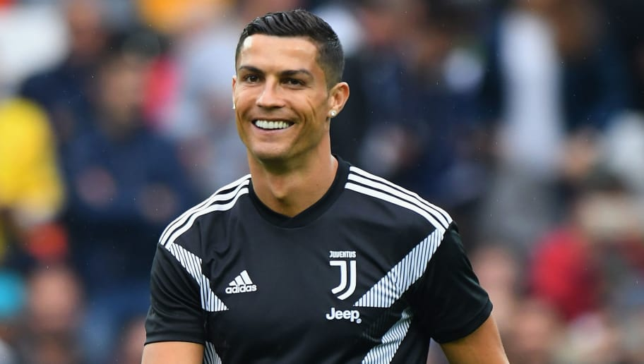 UDINE, ITALY - OCTOBER 06:  Cristiano Ronaldo of Juventus warms up before the Serie A match between Udinese and Juventus at Stadio Friuli on October 6, 2018 in Udine, Italy.  (Photo by Alessandro Sabattini/Getty Images)