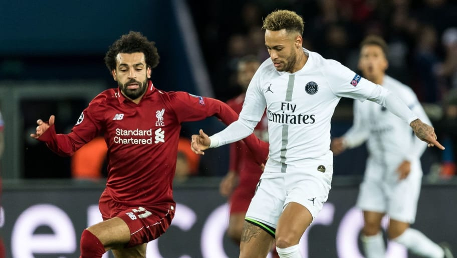 (L-R) Mohamed Salah of Liverpool FC, Neymar da Silva Santos Júnior of Paris Saint-Germain during the UEFA Champions League group C match between Paris St Germain and Liverpool FC at the Parc des Princes on November 28, 2018 in Paris, France(Photo by VI Images via Getty Images)
