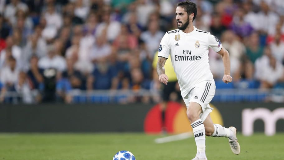 Isco of Real Madrid during the UEFA Champions League group G match between Real Madrid and AS Roma at the Santiago Bernabeu stadium on September 19, 2018 in Madrid, Spain(Photo by VI Images via Getty Images)