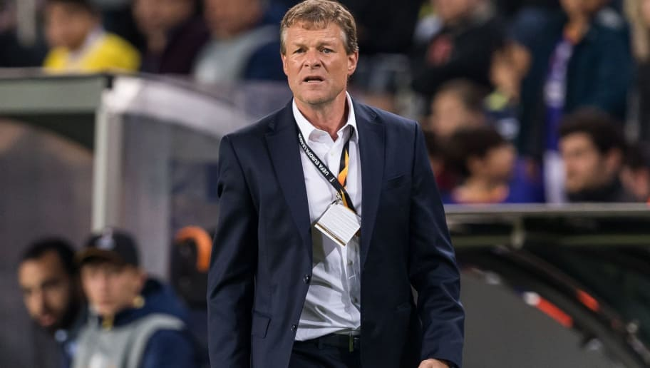 coach Erwin Koeman of Fenerbahce SK during the UEFA Europa League group D match between Fenerbahce AS and RSC Anderlecht at the Sukru Saracoglu Stadium on November 08, 2018 in Istanbul, Turkey(Photo by VI Images via Getty Images)