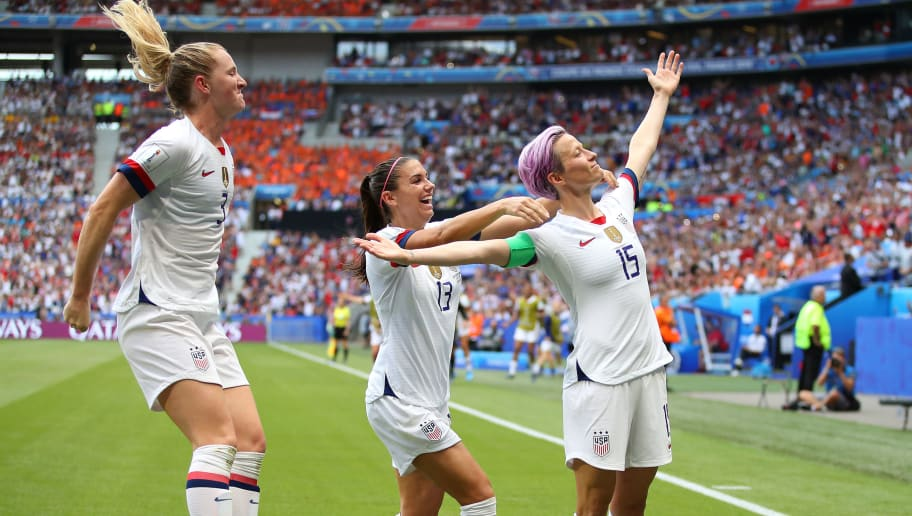 Megan Rapinoe,Alex Morgan