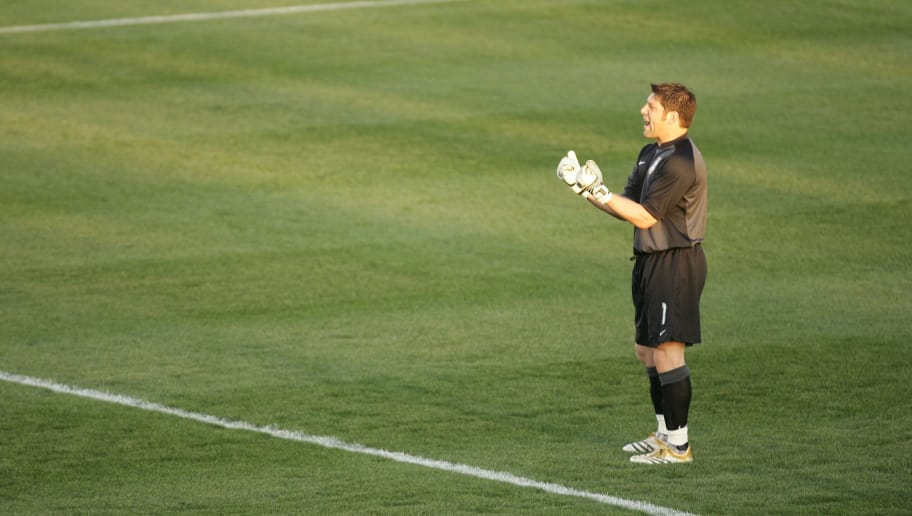 CARY, NC - APRIL 11: Tony Meola #1 of the USA plays goalie against Jamaica during their international friendly game on April 11, 2006 at SAS Soccer Park in Cary, North Carolina.  The match ended as a 1-1 draw.  (Photo By Streeter Lecka/Getty Images)