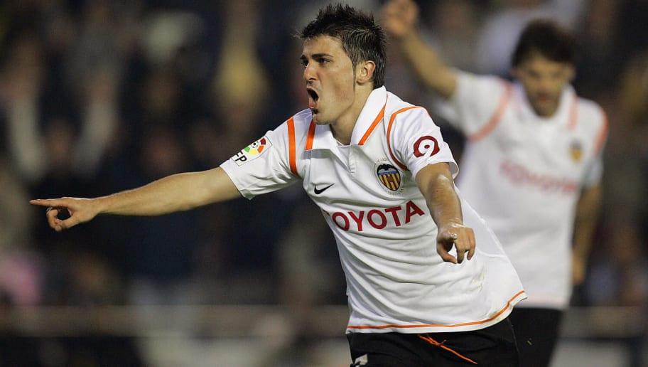 Valencia's David Villa celebrates his se