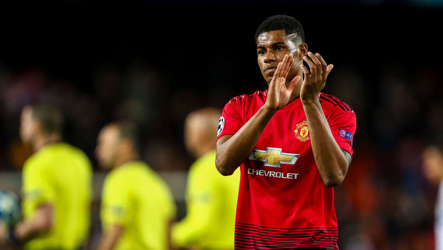 VALENCIA, SPAIN - DECEMBER 12: Marcus Rashford of Manchester United applauds the fans at fill time during the UEFA Champions League Group H match between Valencia and Manchester United at Estadio Mestalla on December 12, 2018 in Valencia, Spain. (Photo by Robbie Jay Barratt - AMA/Getty Images)