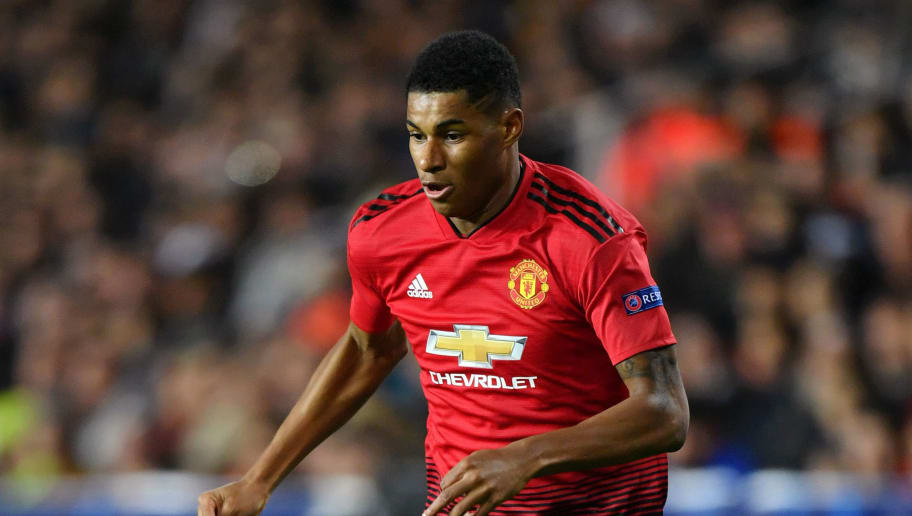 VALENCIA, SPAIN - DECEMBER 12:  Marcus Rashford of Manchester United runs with the ball during the UEFA Champions League Group H match between Valencia and Manchester United at Estadio Mestalla on December 12, 2018 in Valencia, Spain.  (Photo by Dan Mullan/Getty Images)
