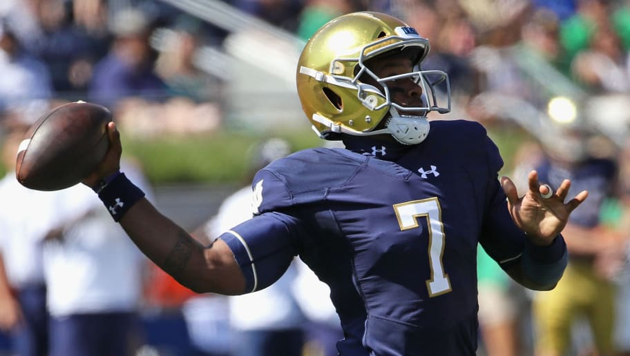 SOUTH BEND, IN - SEPTEMBER 15: Brandon Wimbush #7 of the Notre Dame Fighting Irish passes against the Vanderbilt Commodores at Notre Dame Stadium on September 15, 2018 in South Bend, Indiana. (Photo by Jonathan Daniel/Getty Images)