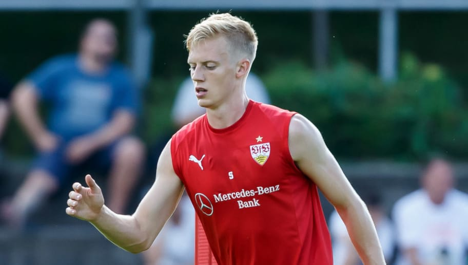 GRASSAU, GERMANY - JULY 28: Timo Baumgartl of Stuttgart controls the ball during the VfB Stuttgart training camp on July 28, 2018 in Grassau, Germany. (Photo by TF-Images/Getty Images)