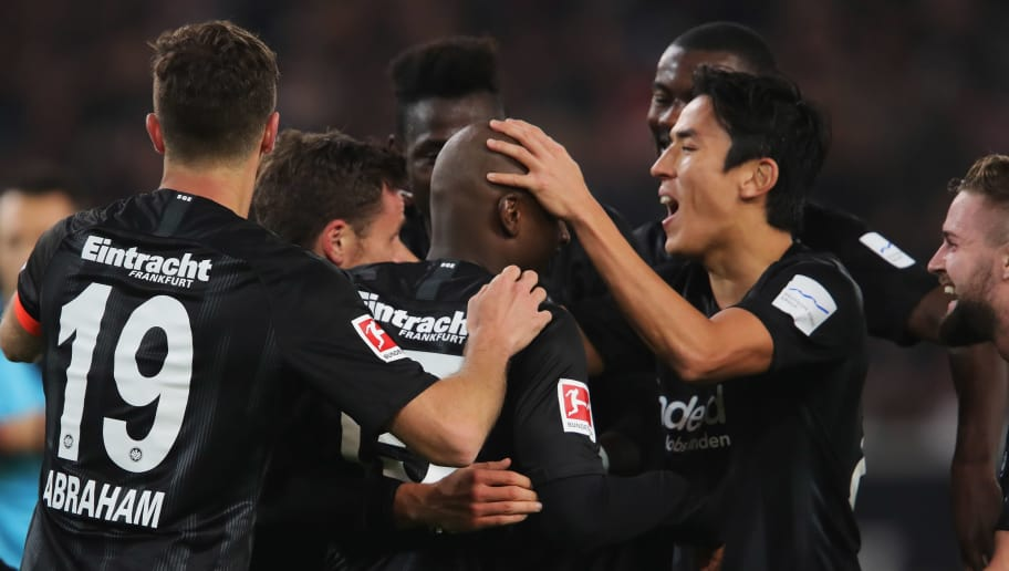 STUTTGART, GERMANY - NOVEMBER 02:  Players of Eintracht Frankfurt celebrate victory after the Bundesliga match between VfB Stuttgart and Eintracht Frankfurt at Mercedes-Benz Arena on November 2, 2018 in Stuttgart, Germany.  (Photo by Alexander Hassenstein/Bongarts/Getty Images)