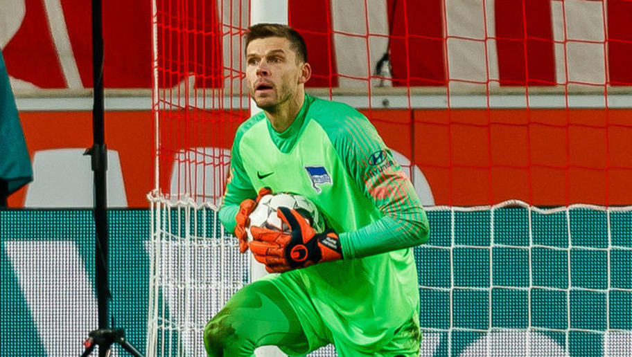 STUTTGART, GERMANY - DECEMBER 15: Goalkeeper Rune Jarstein of Hertha BSC in action during the Bundesliga match between VfB Stuttgart and Hertha BSC at Mercedes-Benz Arena on December 15, 2018 in Stuttgart, Germany. (Photo by TF-Images/TF-Images via Getty Images)