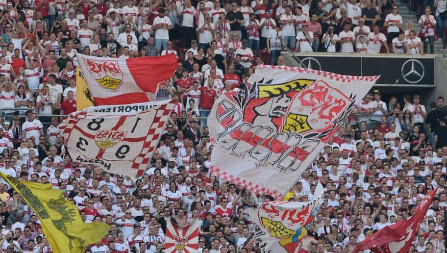 sneakers for cheap 45758 8ecad Krawalle vor Anpfiff: VfB-Ultras griffen Gladbach-Anhänger ...