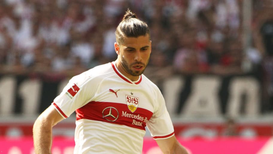 STUTTGART, GERMANY - MAY 05:  Emiliano Insua of VfB Stuttgart in action during the Bundesliga match between VfB Stuttgart and TSG 1899 Hoffenheim at Mercedes-Benz Arena on May 5, 2018 in Stuttgart, Germany.  (Photo by Adam Pretty/Bongarts/Getty Images)
