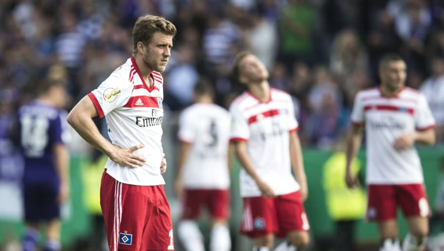 OSNABRUECK, GERMANY - AUGUST 13:  Sven Schipplock of Hamburg looks dejected during the DFB Cup match between VfL Osnabrueck and Hamburger SV at Osnatel Arena on August 13, 2017 in Osnabrueck, Germany.  (Photo by Lars Baron/Bongarts/Getty Images)