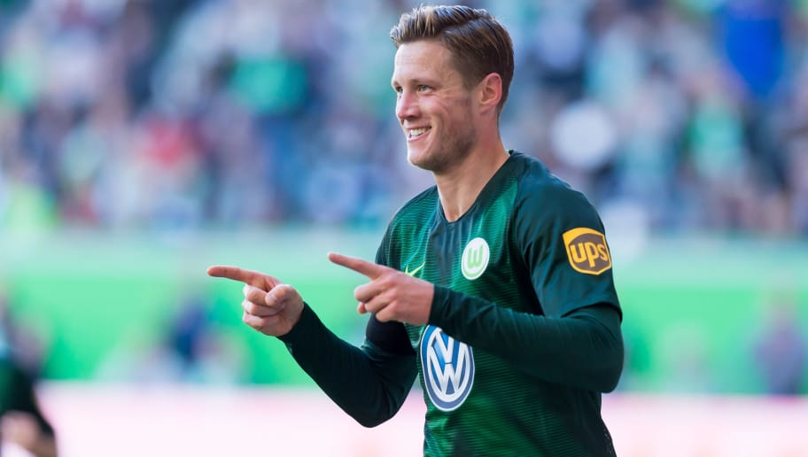 WOLFSBURG, GERMANY - SEPTEMBER 29: Wout Weghorst of VfL Wolfsburg celebrates after scoring his team`s second goal during the Bundesliga match between VfL Wolfsburg and Borussia Moenchengladbach at Volkswagen Arena on September 29, 2018 in Wolfsburg, Germany. (Photo by TF-Images/Getty Images)