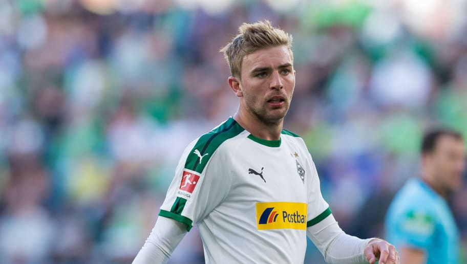 WOLFSBURG, GERMANY - SEPTEMBER 29: Christoph Kramer of Borussia Moenchengladbach looks on during the Bundesliga match between VfL Wolfsburg and Borussia Moenchengladbach at Volkswagen Arena on September 29, 2018 in Wolfsburg, Germany. (Photo by TF-Images/Getty Images)