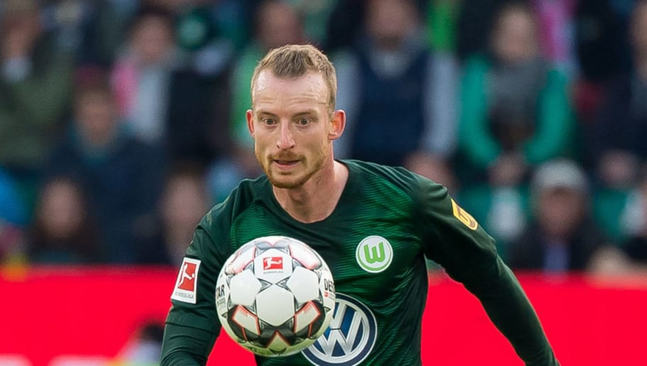 WOLFSBURG, GERMANY - OCTOBER 20: Maximilian Arnold of VfL Wolfsburg controls the ball during the Bundesliga match between VfL Wolfsburg and FC Bayern Muenchen at Volkswagen Arena on October 20, 2018 in Wolfsburg, Germany. (Photo by TF-Images/Getty Images)