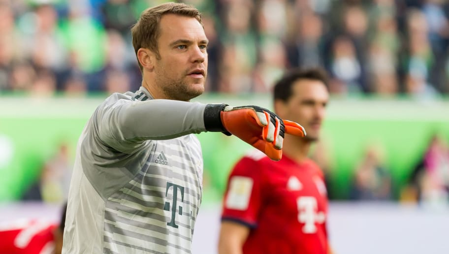 WOLFSBURG, GERMANY - OCTOBER 20: Goalkeeper Manuel Neuer of Bayern Muenchen gestures during the Bundesliga match between VfL Wolfsburg and FC Bayern Muenchen at Volkswagen Arena on October 20, 2018 in Wolfsburg, Germany. (Photo by TF-Images/Getty Images)