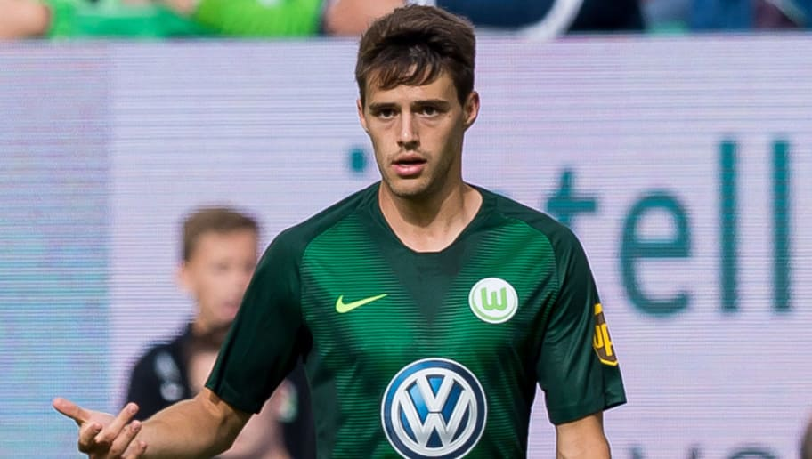 WOLFSBURG, GERMANY - AUGUST 25: Josip Brekalo of Wolfsburg controls the ball during the Bundesliga match between VfL Wolfsburg and FC Schalke 04 at Volkswagen Arena on August 25, 2018 in Wolfsburg, Germany. (Photo by TF-Images/Getty Images)