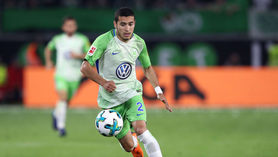 WOLFSBURG, GERMANY - MAY 17: William of Wolfsburg runs with the ball during the Bundesliga Playoff Leg 1 match between VfL Wolfsburg and Holstein Kiel at Volkswagen Arena on May 17, 2018 in Wolfsburg, Germany. (Photo by Ronny Hartmann/Bongarts/Getty Images)
