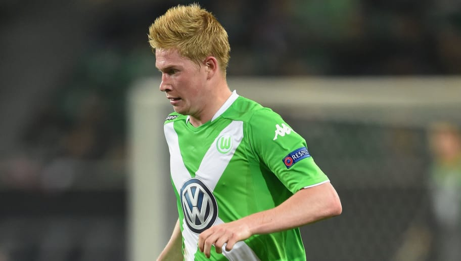 WOLFSBURG, GERMANY - OCTOBER 02:  Kevin De Bruyne of Wolfsburg in action during the UEFA Europa League match between VfL Wolfsburg and LOSC Lille at the Volkswagen Arena on October 2, 2014 in Wolfsburg, Germany.  (Photo by Stuart Franklin/Bongarts/Getty Images)