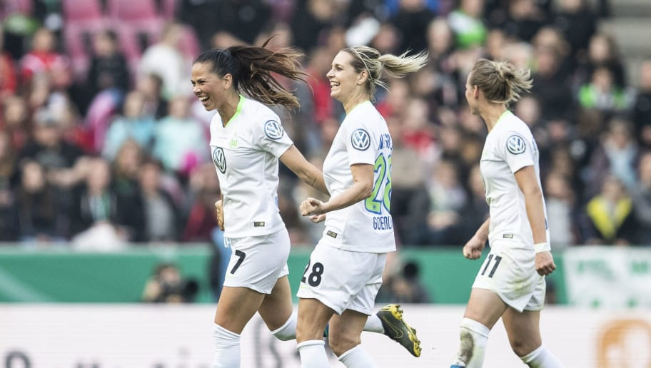 VfL Wolfsburg Women's v SC Freiburg Women's - Women's DFB Cup Final