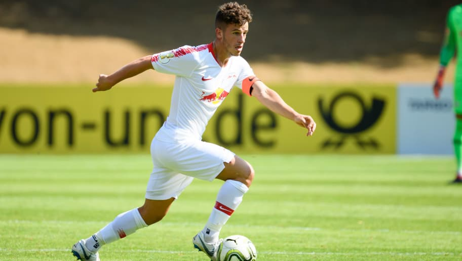 COLOGNE, GERMANY - AUGUST 19: Diego Demme of RB Leipzig controls the ball during the DFB Cup first round match between Viktoria Koeln and RB Leipzig at Sportpark Hoehenberg on August 19, 2018 in Cologne, Germany. (Photo by TF-Images/Getty Images)