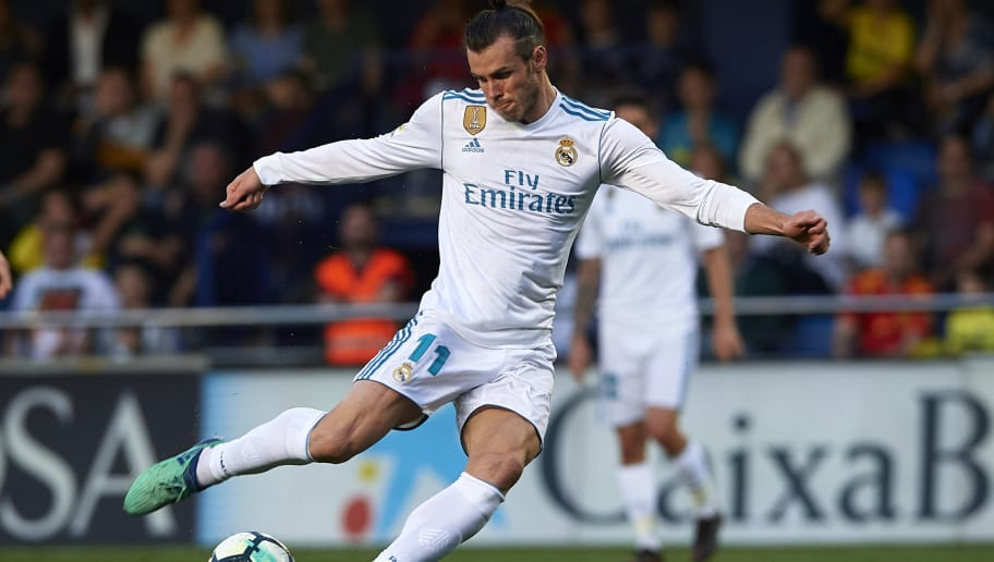 VILLARREAL, SPAIN - MAY 19:  Gareth Bale of Real Madrid scoring his sides first goal during the La Liga match between Villarreal and Real Madrid at Estadio de La Ceramica on May 19, 2018 in Villarreal, Spain.  (Photo by Manuel Queimadelos Alonso/Getty Images)
