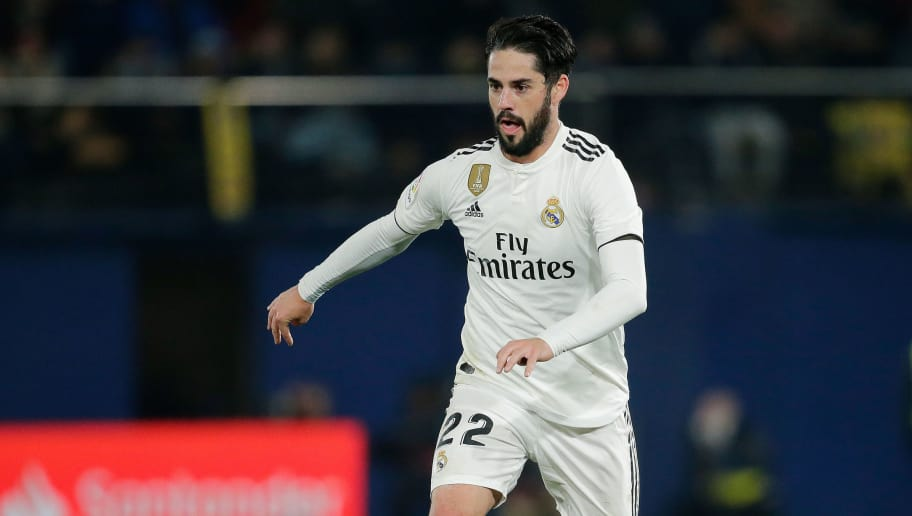 CASTELLON, SPAIN - JANUARY 3: Isco of Real Madrid  during the La Liga Santander  match between Villarreal v Real Madrid at the Estadio de la Ceramica on January 3, 2019 in Castellon Spain (Photo by Erwin Spek/Soccrates/Getty Images)