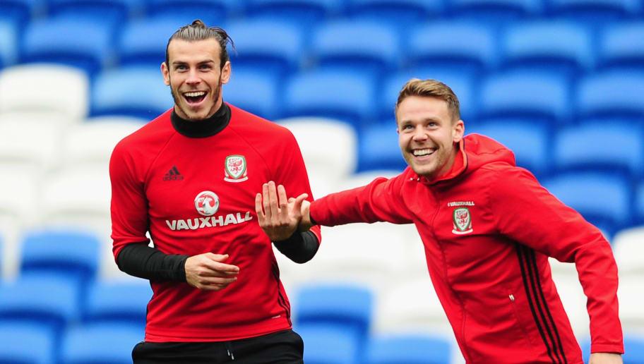 Gareth Bale,Chris Gunter
