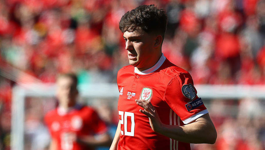 Man Utd's Daniel James Deal on Hold After Sudden & Tragic Death of Swansea Star's Father