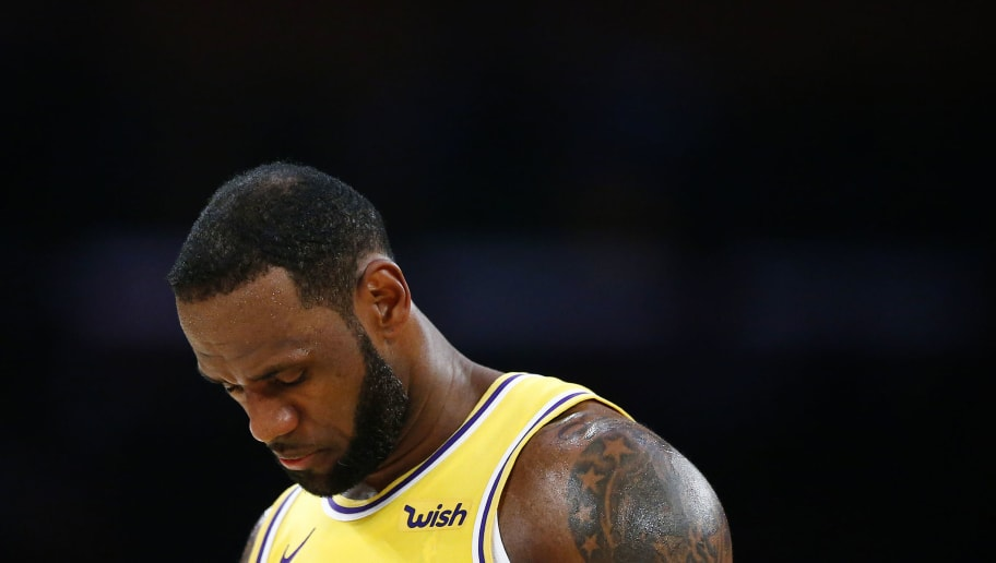 9e86866e94c LeBron James  Lakers  Teammates Reportedly Called Him Out for Negative Body  Language