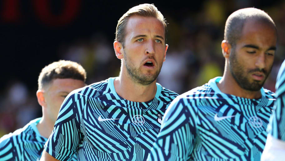 WATFORD, ENGLAND - SEPTEMBER 02:  Harry Kane of Tottenham Hotspur and team mates warm up prior to the Premier League match between Watford FC and Tottenham Hotspur at Vicarage Road on September 2, 2018 in Watford, United Kingdom.  (Photo by Bryn Lennon/Getty Images)