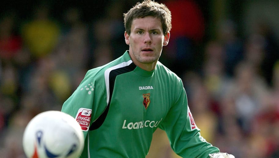 WATFORD, ENGLAND - SEPTEMBER 17:  Ben Foster of Watford in action during the Coca Cola Championship match between Watford and Sheffield United at Vicarage Road on September 17, 2004 in Watford, England. (Photo by Clive Brunskill/Getty Images)