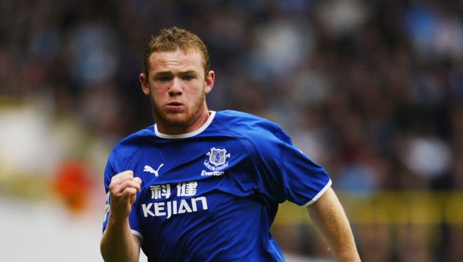 Wayne Rooney of Everton watches the ball