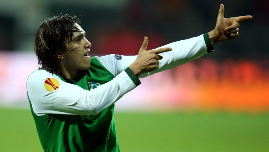BREMEN, GERMANY - DECEMBER 03: Marcelo Moreno of Bremen celebrates after he scores his team's 3rd goal during the UEFA Europa League Group L match between Werder Bremen and CD Nacional at Weser stadium on December 3, 2009 in Bremen, Germany. (Photo by Martin Rose/Bongarts/Getty Images)