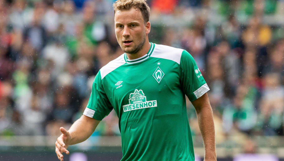 BREMEN, GERMANY - AUGUST 11: Philipp Bargfrede of Werder Bremen runs with the ball during the Pre Season Friendly Match between Werder Bremen and FC Villareal at Weserstadion on August 11, 2018 in Bremen, Germany. (Photo by Boris Streubel/Getty Images)