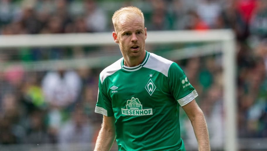 BREMEN, GERMANY - AUGUST 11: Davy Klaassen of Werder Bremen runs with the ball during the Pre Season Friendly Match between Werder Bremen and FC Villareal at Weserstadion on August 11, 2018 in Bremen, Germany. (Photo by Boris Streubel/Getty Images)
