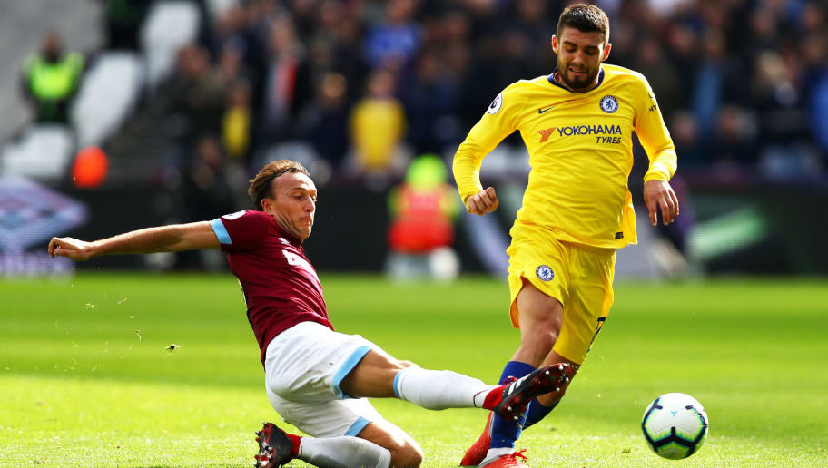 LONDON, ENGLAND - SEPTEMBER 23:  Mark Noble of West Ham United tackles Mateo Kovacic of Chelsea during the Premier League match between West Ham United and Chelsea FC at London Stadium on September 23, 2018 in London, United Kingdom.  (Photo by Dean Mouhtaropoulos/Getty Images)