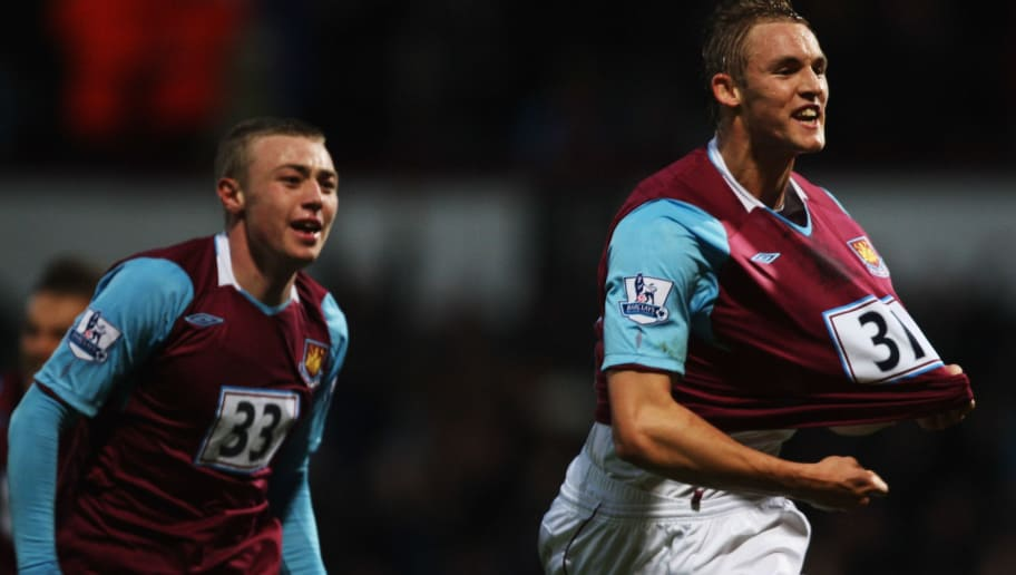 LONDON - NOVEMBER 08:  Jack Collison of West Ham United celebrates scoring during the Barclays Premier League match between West Ham United and Everton at Upton Park on November 8, 2008 in London, England.  (Photo by Bryn Lennon/Getty Images)