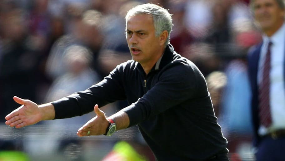 LONDON, ENGLAND - SEPTEMBER 29:  Jose Mourinho, Manager of Manchester United gestures during the Premier League match between West Ham United and Manchester United at London Stadium on September 29, 2018 in London, United Kingdom.  (Photo by Warren Little/Getty Images)
