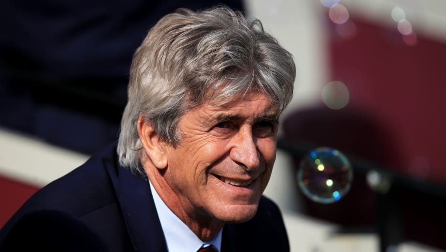 LONDON, ENGLAND - SEPTEMBER 29:  Manuel Pellegrini, Manager of West Ham United looks on ahead of the Premier League match between West Ham United and Manchester United at London Stadium on September 29, 2018 in London, United Kingdom.  (Photo by Marc Atkins/Getty Images)