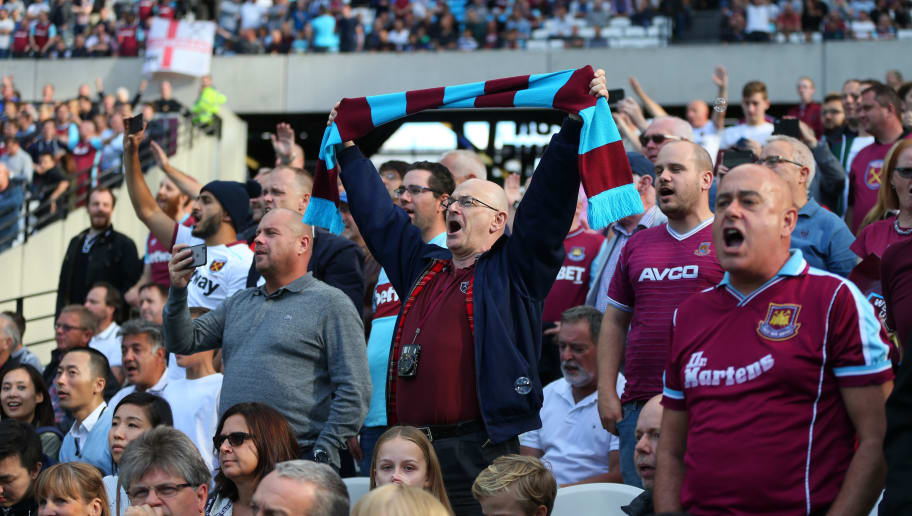 STRATFORD, ENGLAND - SEPTEMBER 25: West Ham fans during the Premier League match between West Ham United and Southampton at London Stadium on September 25, 2016 in Stratford, England. (Photo by Catherine Ivill - AMA/Getty Images)