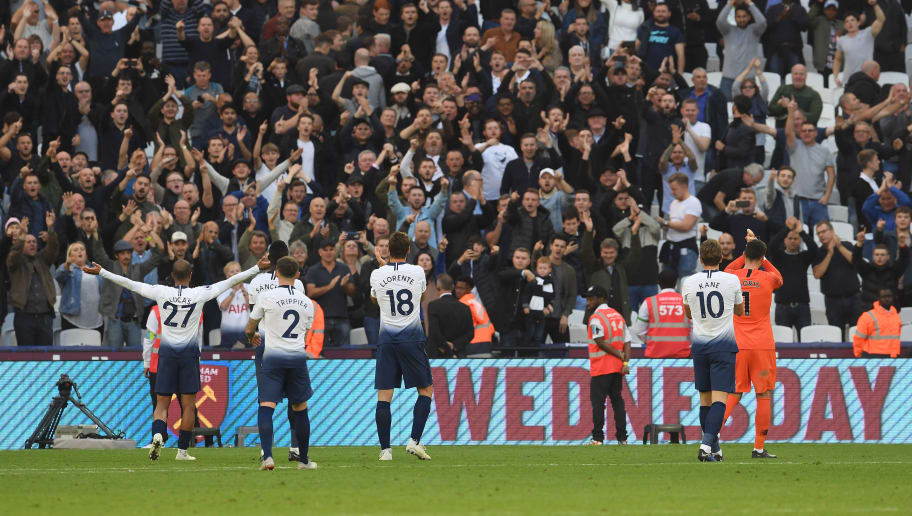 LONDON, ENGLAND - OCTOBER 20:  Tottenham players applaud their fans at the end of the Premier League match between West Ham United and Tottenham Hotspur at London Stadium on October 20, 2018 in London, United Kingdom.  (Photo by Mike Hewitt/Getty Images)