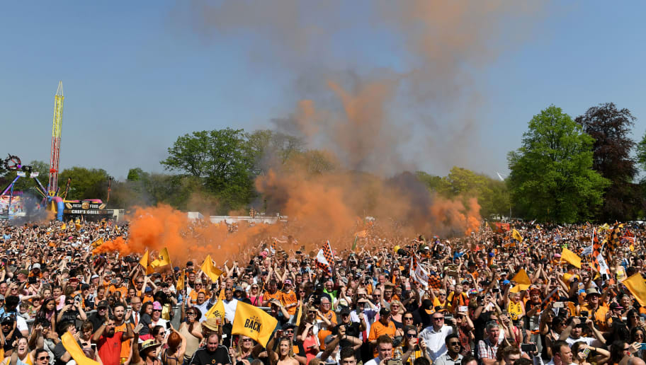 WOLVERHAMPTON, ENGLAND - MAY 07: Wolverhampton Wanderers fans during their celebrations of winning the Sky Bet Championship on a winners parade around the city of Wolverhampton on May 7, 2018 in Wolverhampton, England. (Photo by Sam Bagnall - AMA/Getty Images)