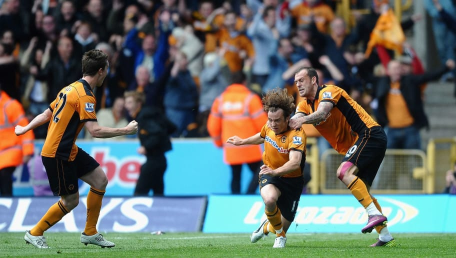 WOLVERHAMPTON, ENGLAND - MAY 22: Stephen Hunt of Wolverhampton Wanderers celebrates his goal with Steven Fletcher during the Barclays Premier League match between Wolverhampton Wanderers and Blackburn Rovers at Molineux on May 22, 2011 in Wolverhampton, England.  (Photo by Laurence Griffiths/Getty Images)