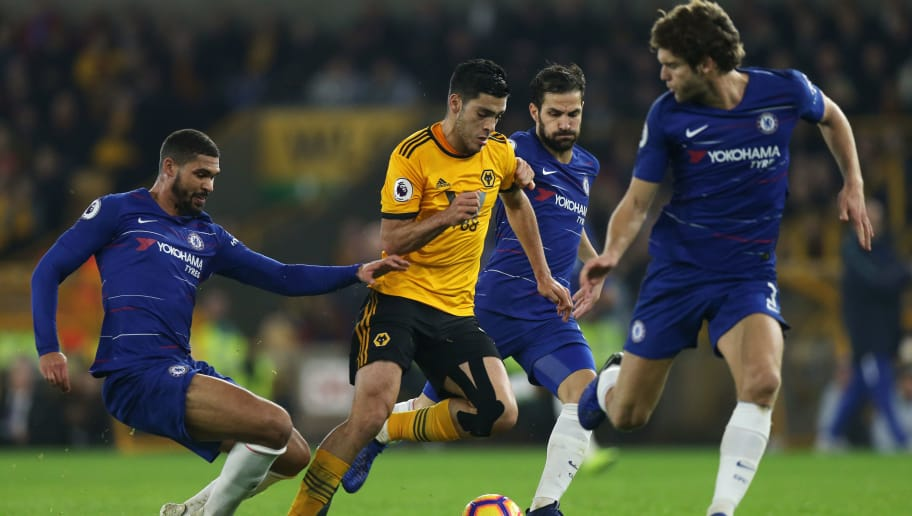 WOLVERHAMPTON, ENGLAND - DECEMBER 05: Ruben Loftus-Cheek of Chelsea and Raul Jimenez of Wolverhampton Wanderers during the Premier League match between Wolverhampton Wanderers and Chelsea FC at Molineux on December 5, 2018 in Wolverhampton, United Kingdom. (Photo by Molly Darlington - AMA/Getty Images)